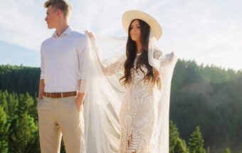 Mountainside Idaho vow reading wedding formal session by Jamie findlay photography